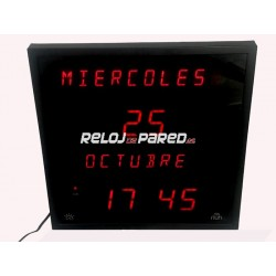 Reloj digital led con calendario. 28x28